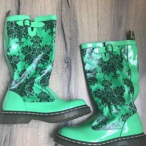 Doc Marten Nellie Rainboot Green Floral size 7